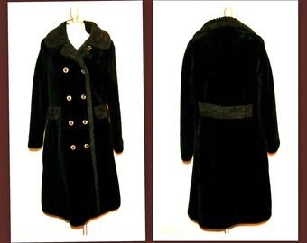 1970s Faux Fur Early Vintage Coat by Fingerhut