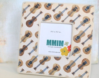 Acoustic Guitar Picture Frame - Wood Photo Frame
