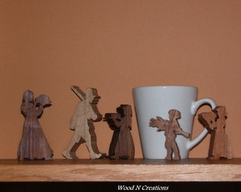 Thanksgiving Holiday Home Decor - Pilgrim Family of Five for Home or Office Display