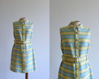 Vintage mini dress. 60s minidress. Mod striped dress