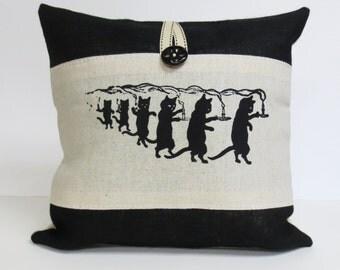 Screen print black cat pillow, screen print black cat burlap pillow, decorative cat pillow, throw pillow cushion, hand print pillow cat