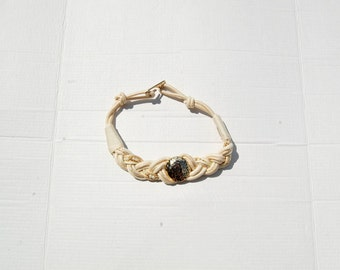 SALE!!!!!!!!! Cream, gold and pearl celtic knot belt 1990s 90s VINTAGE