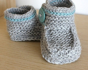 Knitting Pattern (PDF file)  Buttoned Baby Boots Ankle Wrap Around (sizes 0-6/6-9/9-12 months)