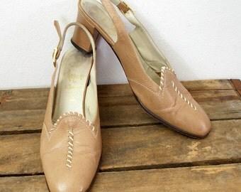 Vintage 1970s Medium High Heels Camel Tan Amalfi by Rangoni Slingback Shoes/ US 7N