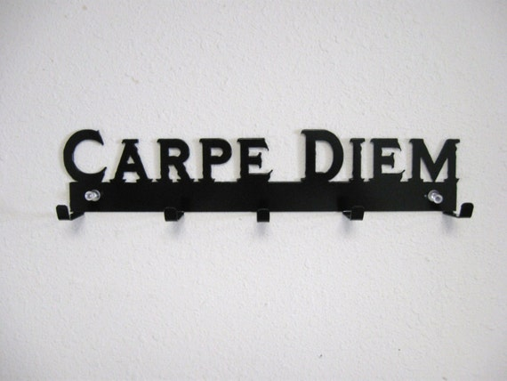 Carpe Diem Key Belt Rack Metal Wall Hanging