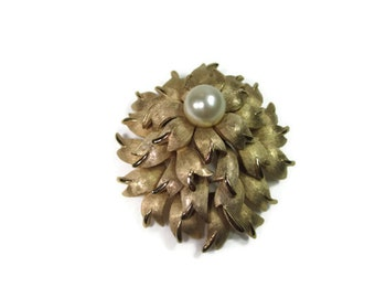 1950s  Crown Trifari Gold Leaf Brooch with Single Pearl