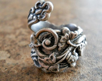 Vine Spoon Ring, The ORIGINAL Silver Spoon Ring with Flowering Vine,*** Exclusive Design Only by Enchanted Lockets