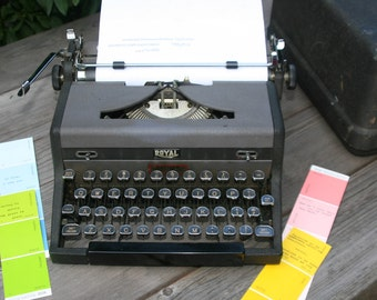 Royal Quiet DeLuxe Typewriter - PRICE REDUCTION