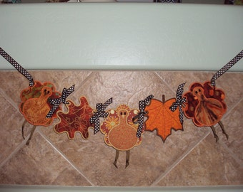 Thanksgiving Turkey & Leaf Banner
