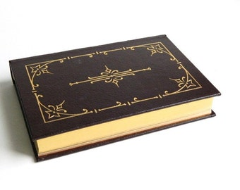 Vintage Book Charles Dickens Short Stories - Brown Leather 22 kt Gold Gilt - Easton Press - Color Illustrations