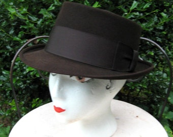 Bradfield Fedora / Deep Brown Fedora / Mens Hat Size 7 1/8 / Wide Ribbon Band / Mad Men Look / Hipster / Retro Mens Fashion