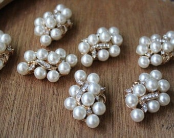 Buckle  with white  color pearls and rhinestones  gold color  2  pieces listing