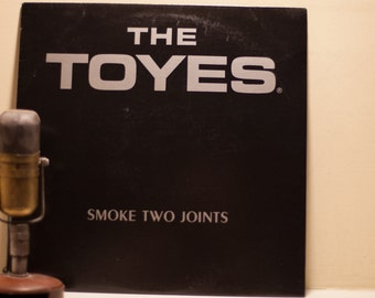 "ON SALE The Toyes 12"" EP Vinyl Record Album 1980s American Reggae Medical Marijuana Rights 12"" 45 Rpm, ""Smoke Two Joints""(Orig. 1983 Ginger)"