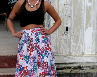 Vintage 1980s Vibrant Abstract PRINT Color Mid Length SKIRT with Pleats