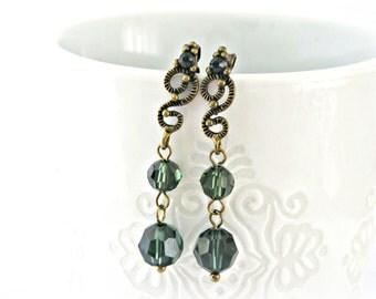 Turmaline green Swarovski earrings with antique bronze findings