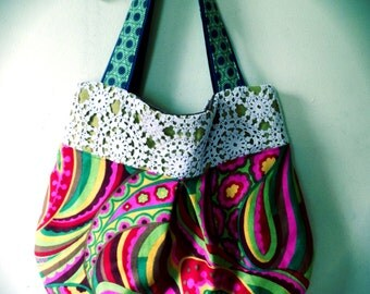 Off the Wall Purse