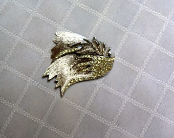 Vintage Vendome Rhinestone Feathered Silver tone Brooch