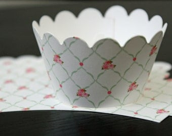 Set of 12 Shabby chic rose lattice cupcake wrappers
