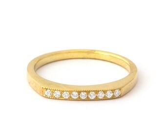 Antique Millgrain Diamonds Wedding Ring in 14k Yellow Gold