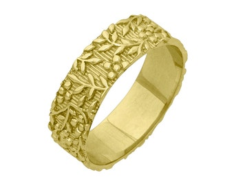 Vintage Floral Foliage 6mm Wide Wedding Band Ring in Yellow Gold