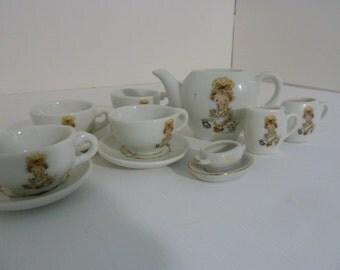 Holly Hobbie Tea Set