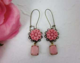 Pink Daisy with glass jewel Earrings.  Lovely gift for her.  Anniversary, Birthday, Christmas.