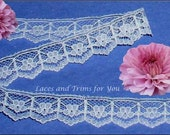 White Lace Trim 15 Yards Scalloped Floral 3/4 inch wide Lot M01 Added Items Ship No Charge