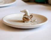 Platypus ring dish, white ring dish made in porcelain, one or two platypi on a Wedding Ring Dish