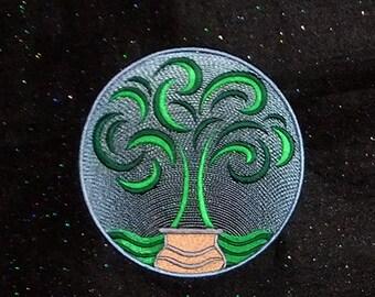 Minimalist Tree of Life (embroidered wall art)