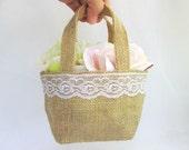 3 Burlap Tote Bags with Lace Decoration - Flower Girl Petal Bag, Wedding Burlap Bag, Rustic Wedding Favor Bags, Rustic Wedding Decoration