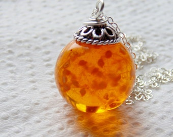 Amber Resin Flower Orb Necklace, Globe Pendant, Eco Friendly, Orange Resin Necklace, Jewelry for Women, Handmade Jewellery