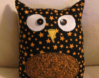 HALLOWEEN - Ollie the Owlet - Stuffed Owl - Black with Orange Stars