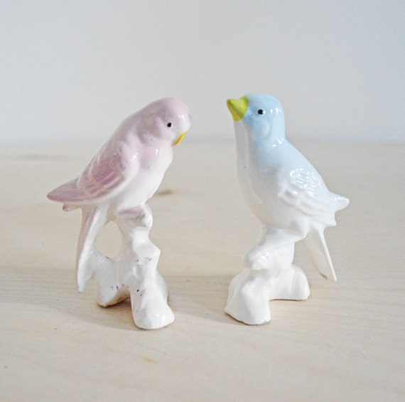 Vintage Pair Ceramic Bird Figurines Love Birds Cake Topper