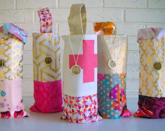 Metallic Gold and Pink Wine Gift Bags - Hostess Gifts - Wedding Bridesmaids