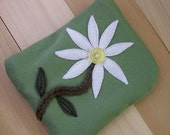 Sunshine Daisies, Small Pouch