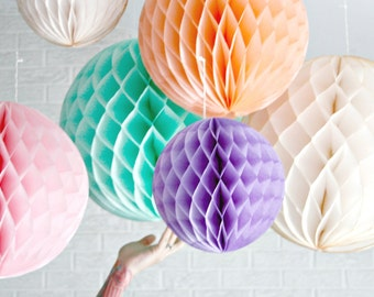paper party decor ... SMALL honeycomb lantern ... candy table buffet tablescape // weddings // birthday party // baby shower // nursery