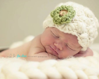 handspun hat - baby girl hat - handspun shell hat - flower hat - photo prop