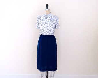 Vintage Navy Dress // Vintage Ascot Navy & White Suit Dress // Flower Tie Work Dress - S/M