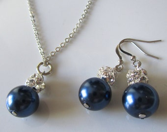 Navy blue  pearl necklace and earrings with rhinestone balls, bridal jewelry set, Navy blue bridal necklace and earrings, Bridesmaids set