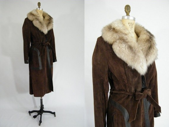 Vintage 1970s Leather Trench Coat with Lamb's Wool Collar / American Hustle