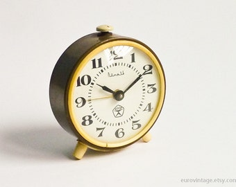 Vintage Alarm Clock Brown Mechanical Wind Up Russian