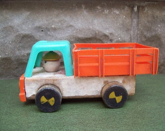 Old Fisher Price Wood and Plastic Pick Up Truck