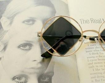 1990s DIAMOND Sunglasses.....john lennon. triangle. round lens. rudeboy. retro sunglasses. black sunglasses. hippie. boho. urban. hipster.