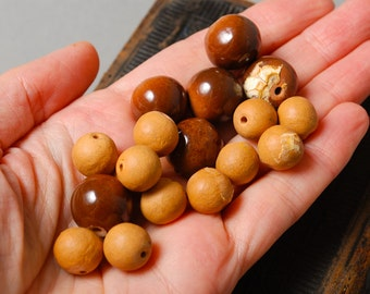 Lot of Vintage brown clay beads