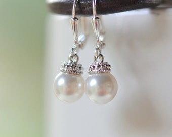 Swarovski Pearl Drop Earrings. Simple Pearl Earrings.  Pearl Bridal Earrings.  Jewelry Gift for Her.  .