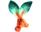 MADE TO ORDER Rabbit sculpture Mr. Carrot Needlefelted animal sculpture Orange Bunny Big green ears Needle felted rabbit