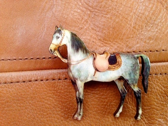 Horse Brooch, Horse Pin, Pony Jewelry, Horse Jewelry, wood brooch, Animal pin, saddle, brown, white and grey gray western horse, cute pin