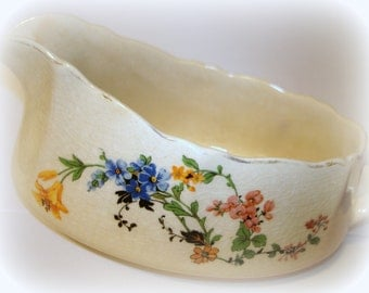 Antique Gravy Boat Completer Piece W.S.George's Argosy Ivory 110D, Pottery From 1950's or Earlier Floral Transfer Both Sides Gold Trim