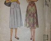 1947 McCall 6978 Waist 32 Skirt Sewing Pattern