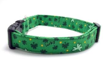 St. Patrick's Day Dog Collar, St. Patrick's Dog Collar, St. Patrick's Day, St. Patty's, Green Collar, Lucky Dog, Shamrock Dog (M, L Sizes)